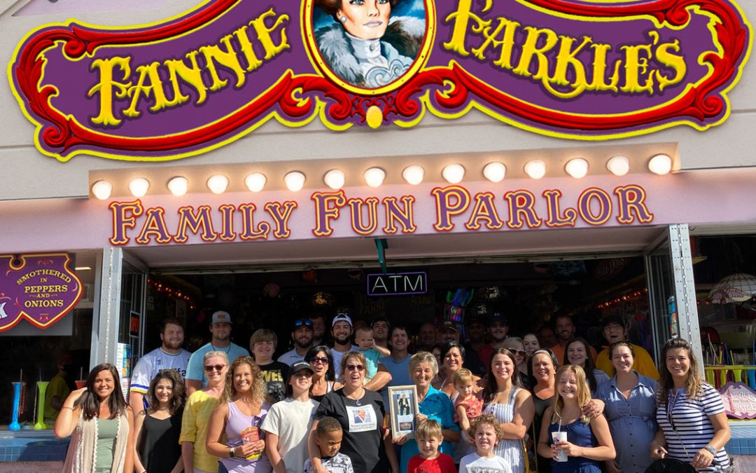 Fannie Farkle's Celebrates 40 Years in Gatlinburg With a Special Visit